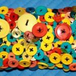 Сумки декорированные пуговицами