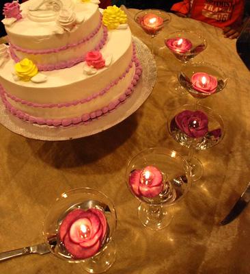 Свечи в форме розы
