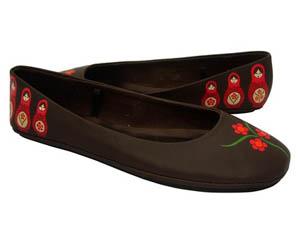 Роспись акрилом по обуви