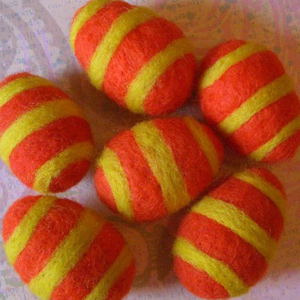 Яйца в технике валяние для пасхального декорирования