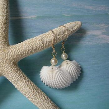 Украшения из морских ракушек