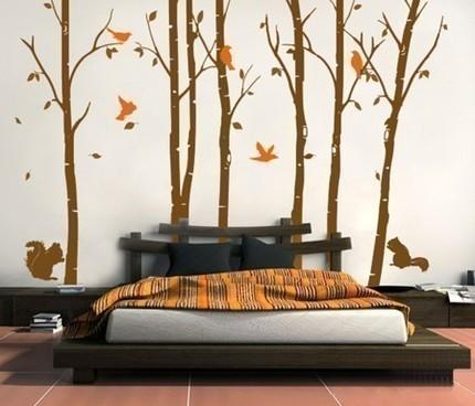 Декор стен виниловыми наклейками