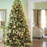 Новогодняя ёлка – незаменимый атрибут зимних праздников