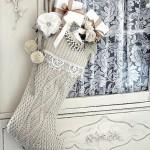 Новогодний декор из старых свитеров