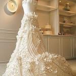 Цветочные композиции на свадебных тортах