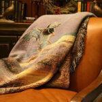 Как правильно ухаживать за гобеленовыми покрывалами?