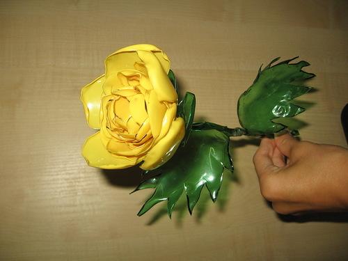 Розы из бутылок мастер класс с пошаговым