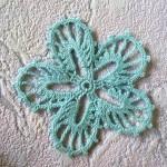 Мотив ирландского кружева цветок «Незабудка»