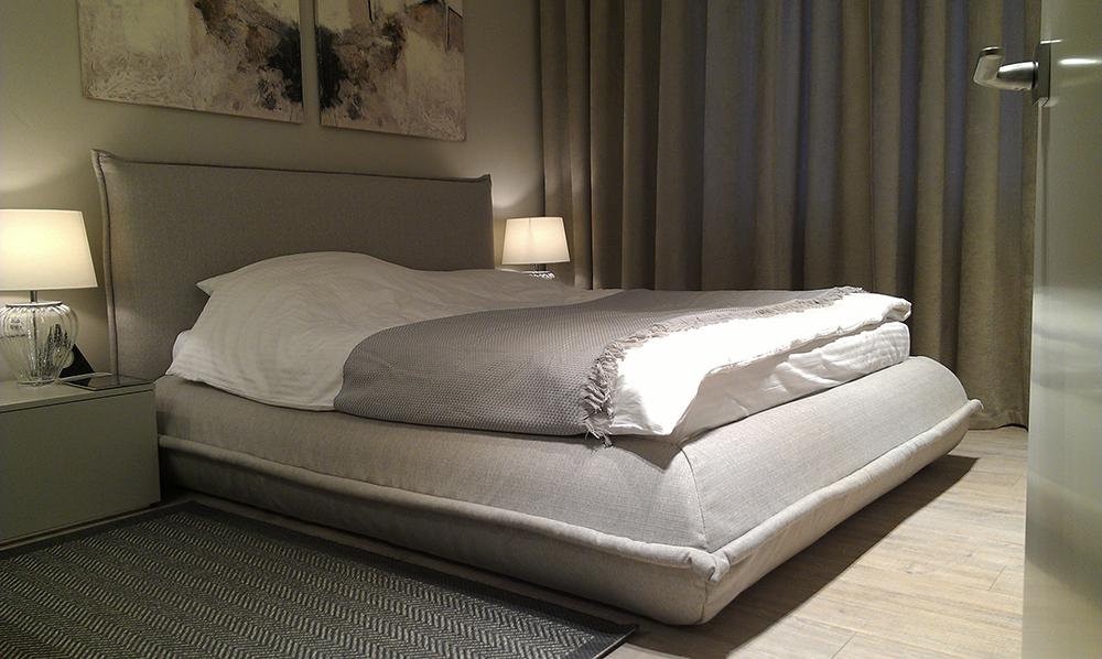 Предметы, создающие расслабленную атмосферу в спальне