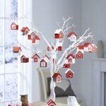 Декоративные деревья с домиками