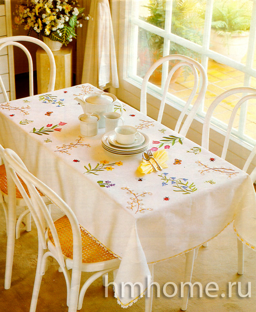 Как оформить скатерть для обеденного стола