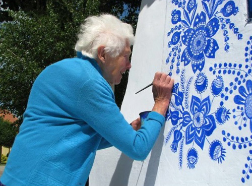 Увлечение 90-летней бабушки Агнес Каспарковой