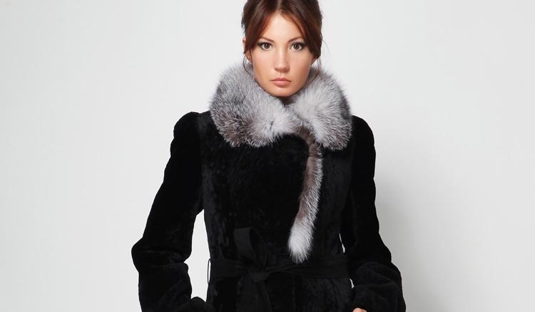 Модные модели женских полушубков из мутона: особенности выбора