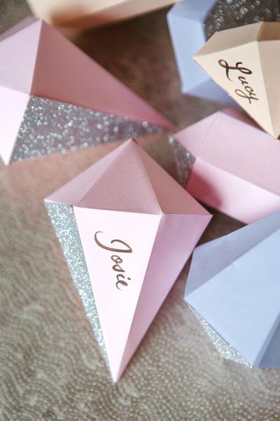 Бумажные кристаллы для новогоднего декора