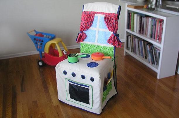 Игры детям: мобильная чехол-кухня