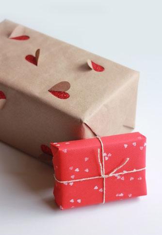Упакуйте подарки для романтической встречи