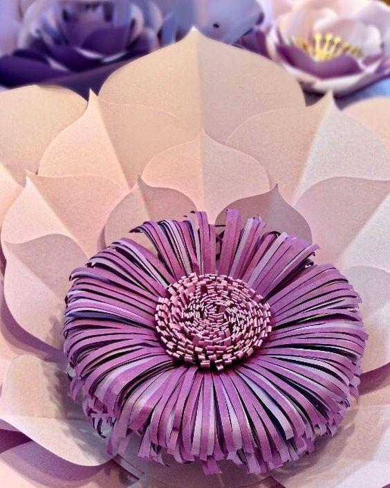 Ажурные бумажные цветы для праздничного декора
