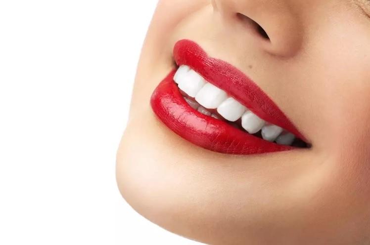 Особенности установки имплантатов на верхней и на нижней челюсти