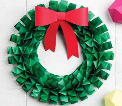 Рождественские венки из бумаги