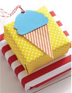 Красочная упаковка для подарка