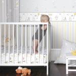 Комната малыша с рисунками на стенах
